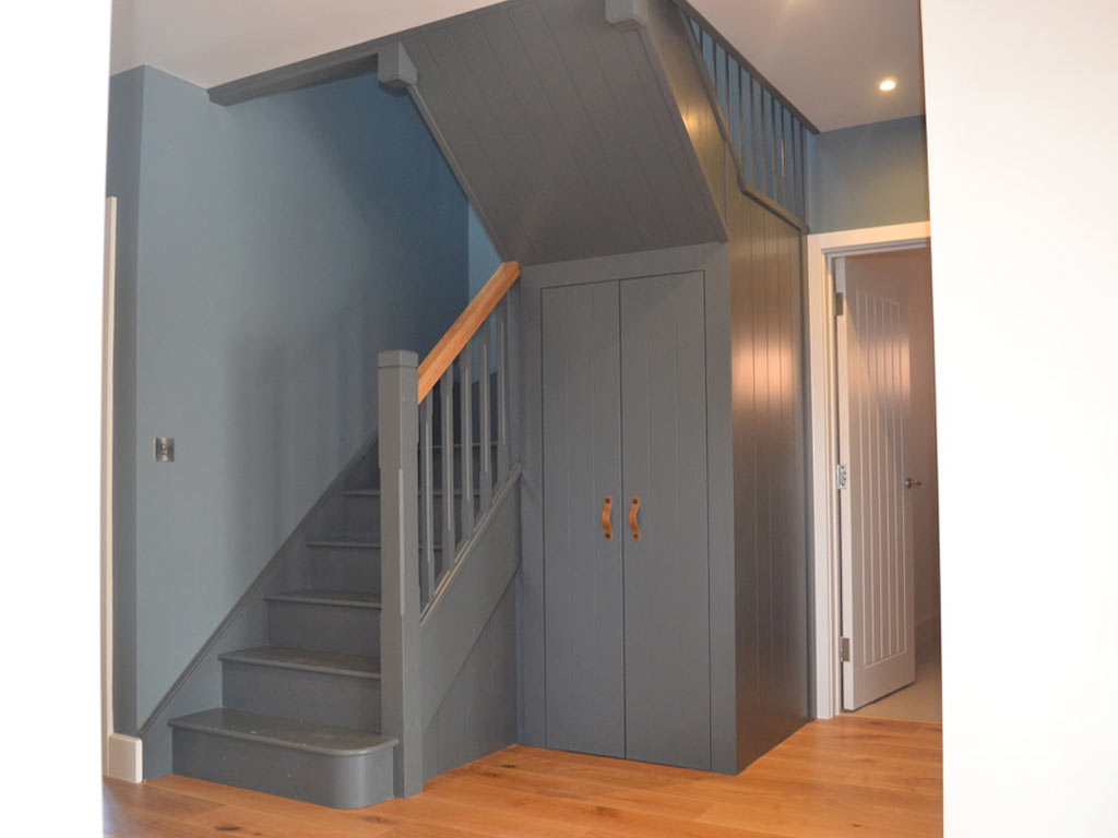 Staircase-and-bespoke-under-stairs-storage-in-Hove